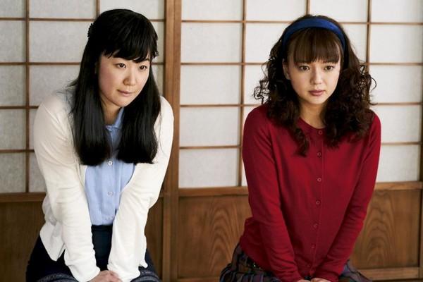 Haru Kuroki (Noriko), Mikako Tabe (Michiko)