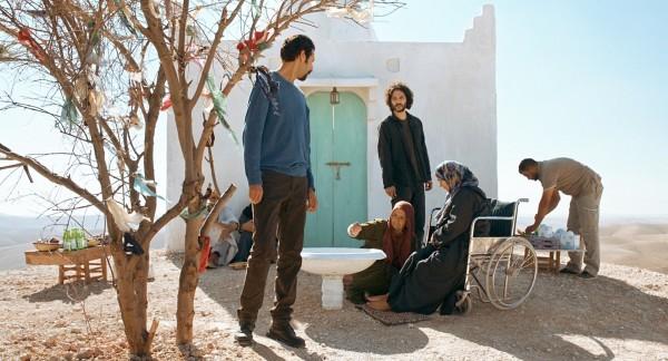 Bouchaib Essmak (Hassan), Younes Bouab (Le voleur), personnages