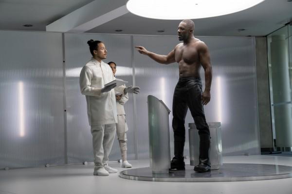 Personnages, Idris Elba
