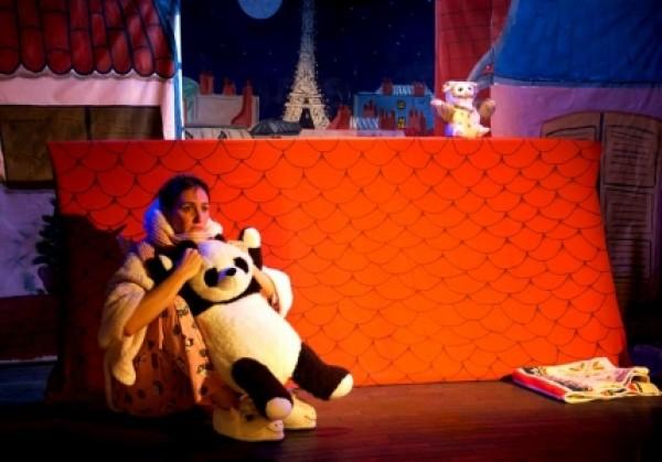 Noël sur les toits au Théâtre L'Essaïon