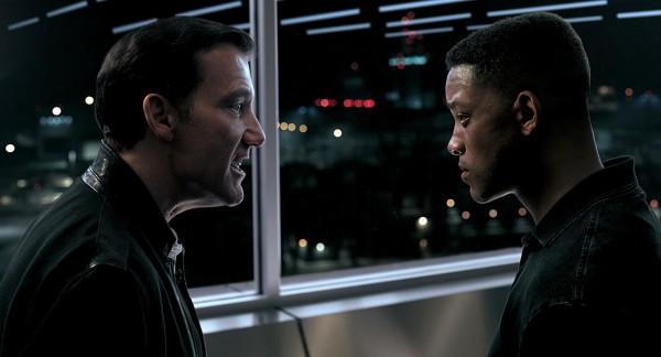 Clive Owen (Clay Verris), Will Smith (Junior)