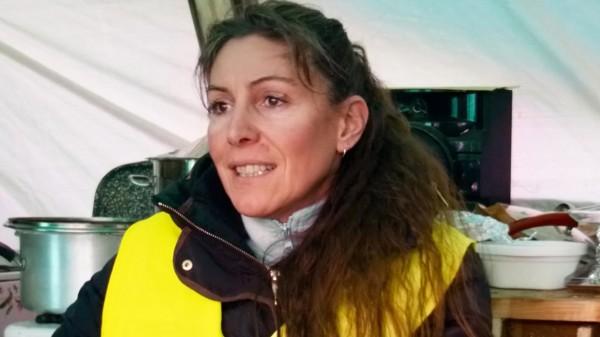Fabienne : gilet jaune rond-point de Montabon