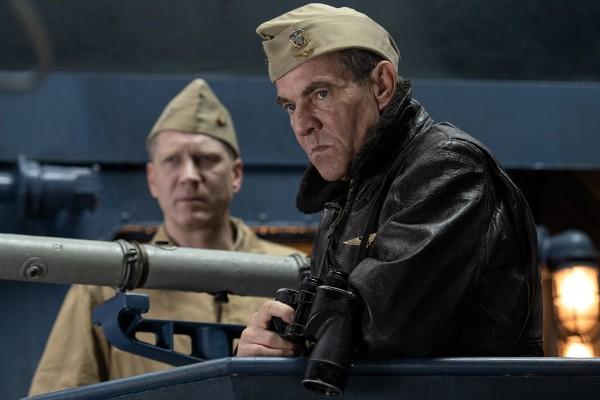 Personnage, Dennis Quaid