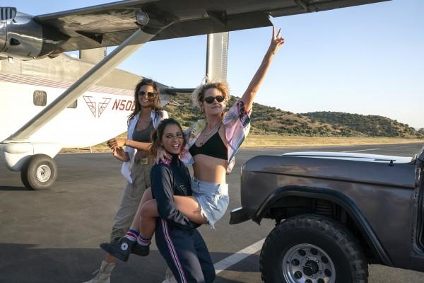 Ella Balinska, Naomi Scott, Kristen Stewart