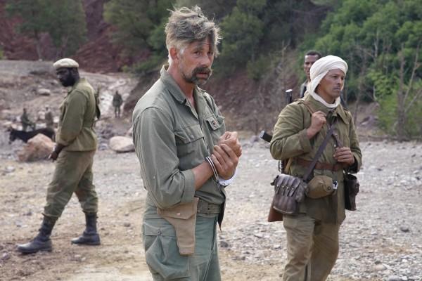 Steve Tientcheu, Johan Heldenbergh, personnage, Hichem Yacoubi