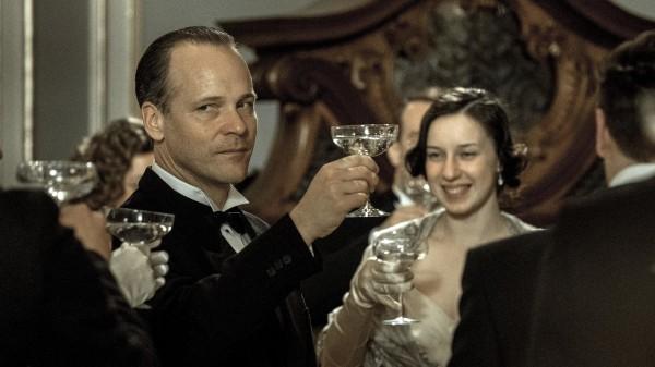 Peter Sarsgaard (Walter Duranty)