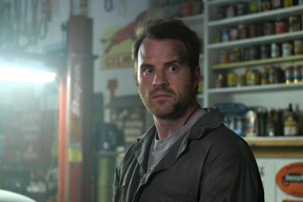Robert Kazinsky (Joel Clarke)