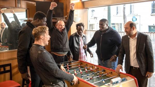 Pierre Lottin (Acteur), Lamine Cissokho (Acteur), David Ayala (Patrick), Wabinlé Nabié (Moussa), Kad Merad (Etienne)