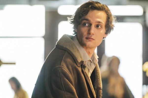 Lucas Englander (Jonas)