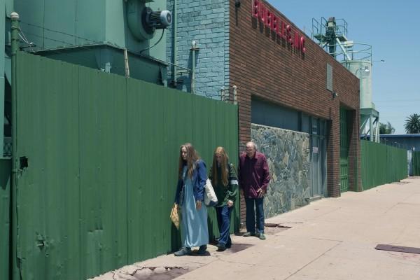 Debra Winger (Theresa), Evan Rachel Wood (Old Dolio), Richard Jenkins (Robert)