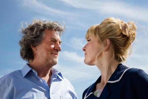 François Cluzet (Victor), Julie Gayet (Louise)