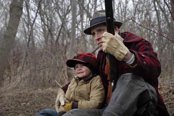 Grady McKenzie (John enfant), Sverrir Gudnason (Willis jeune)