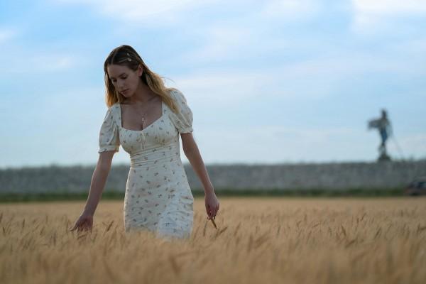 Dylan Penn (Jennifer Vogel)