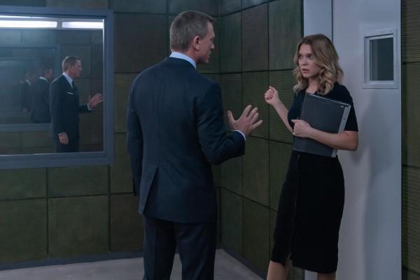 Daniel Craig (James Bond), Léa Seydoux (Madeleine Swann)