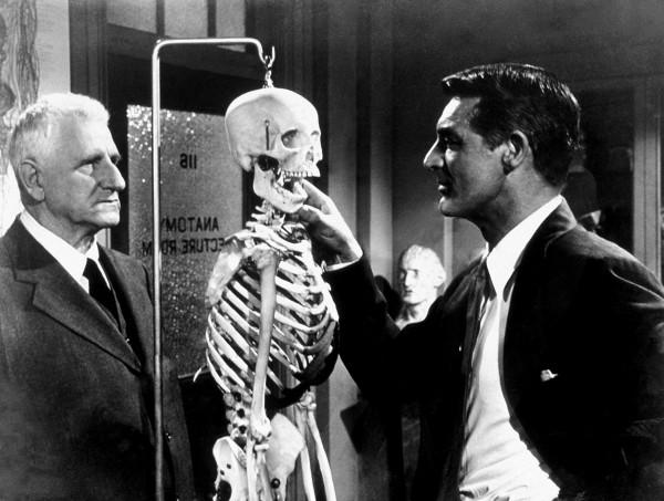 Finlay Currie (Shunderson), Cary Grant (Noah Praetorius)