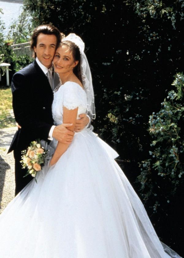 François Cluzet (Paul), Emmanuelle Béart (Nelly)