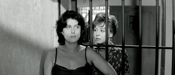 Anna Magnani (Eglé), Giulietta Masina (Lina)