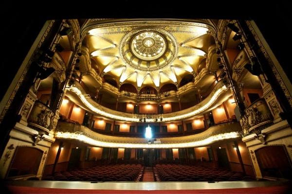 Théâtre Antoine : la salle vue de scène