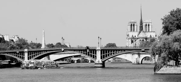 Bateaux Parisiens Notre-Dame