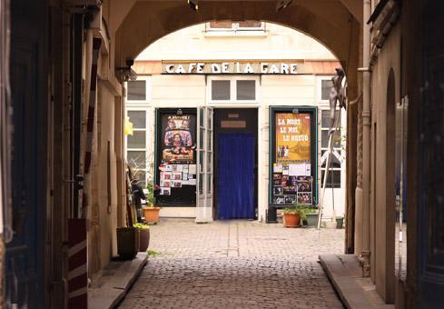 Café de la Gare - Façade