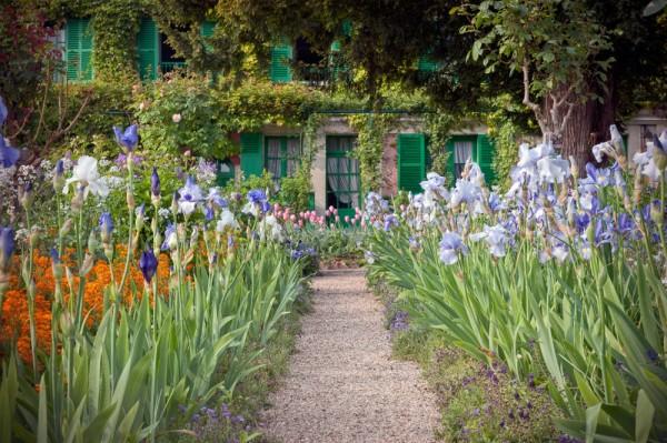 Maison de Claude Monet et iris