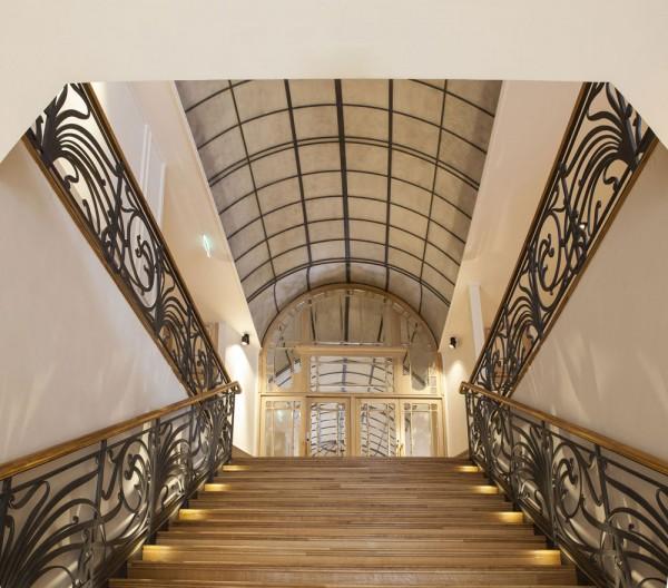 L'Élysée Montmartre - escalier