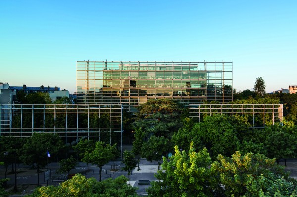 Fondation Cartier pour l'art contemporain : le bâtiment