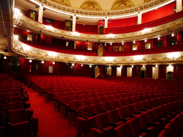 Th tre de paris paris 9e l 39 officiel des spectacles - Plan salle theatre porte saint martin ...