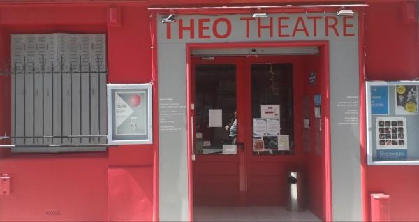 Théo Théâtre - Devanture