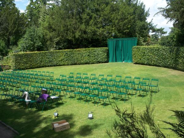 Jardin shakespeare paris 16e l 39 officiel des spectacles - Theatre de verdure du jardin shakespeare pre catelan ...