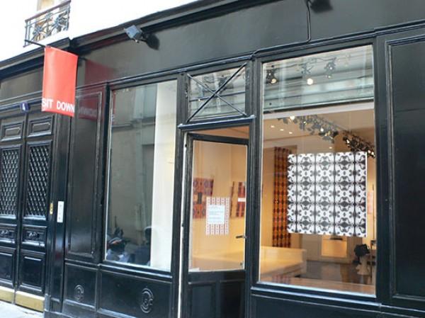 Galerie Sit Down - Vitrine