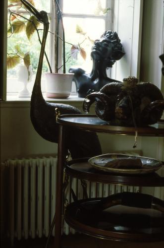 La Maison de Jean Cocteau à Milly-la-Foret, v. 1992 Le salon Photo Erica Lennard