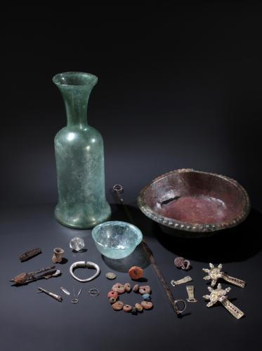 Objets découverts dans la nécropole mérovingienne de Saint-Rieul