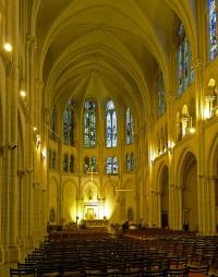 L'intérieur de l'église Notre-Dame-du-Liban