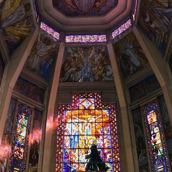 Chœur de l'église Saint-Jean-de-Bosco