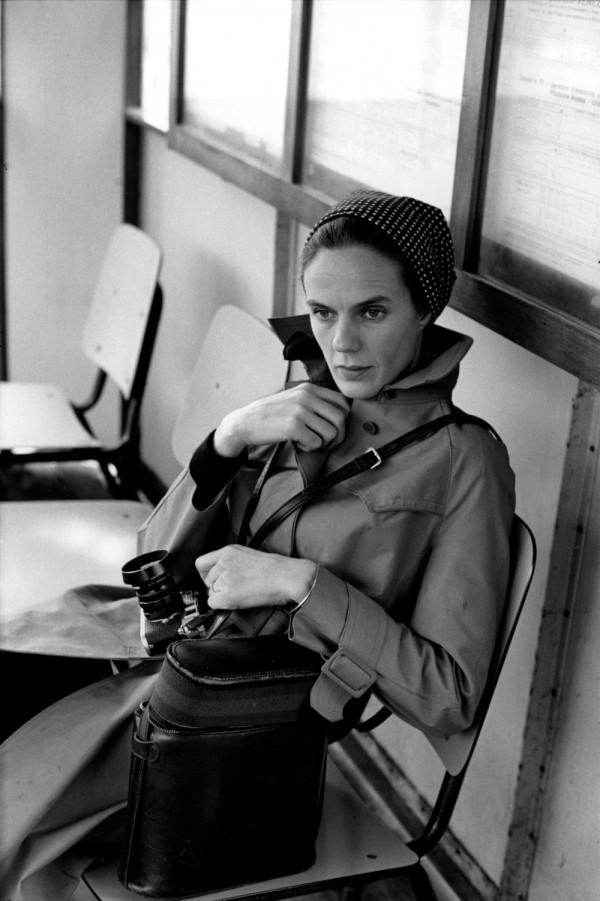 Martine Franck photographiée par Henri Cartier-Bresson, Venise, Italie, 1972.