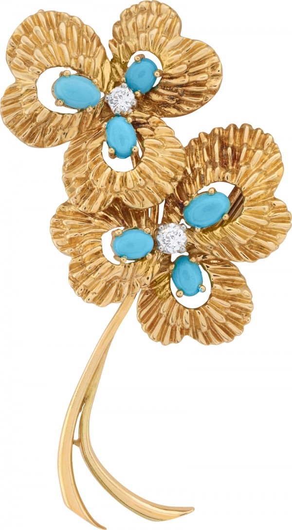 Clip Trèfles, 1964-1966. Or jaune, turquoises, diamants. Collection Van Cleef & Arpels.