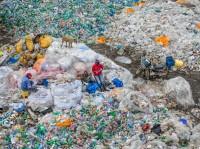 Edward Burtynsky, Dandora Landfill #3, Plastics Recycling, Nairobi, Kenya, 2016.