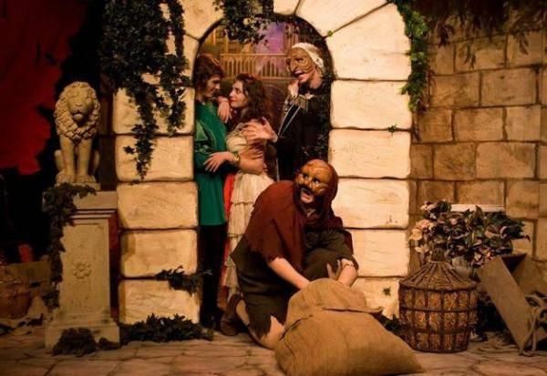 Venez redécouvrir sur scène cette adaptation du fabuleux roman de Victor Hugo &l
