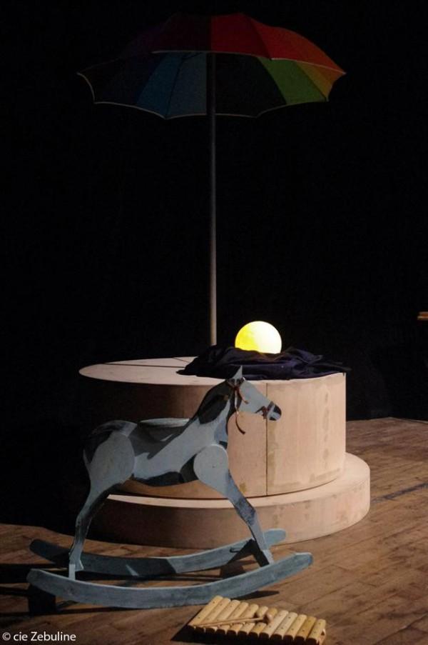 Hop & Râ : un cheval à bascule en bois