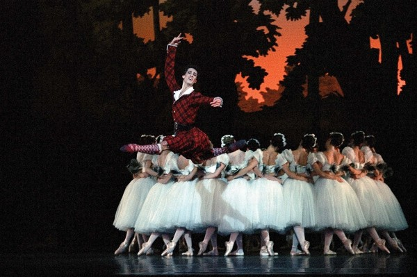 ballet analysis la sylphide